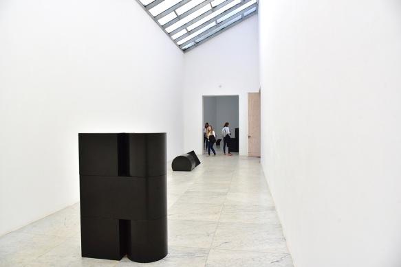 Museumsinsel Hombroich: Raumobjekt und Skulpturen von Erwin Heerich